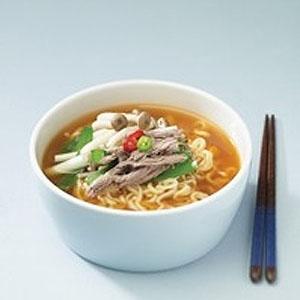 ★韓国ラーメンの一品!★辛くて濃厚なスープと滑らかな麺が絶妙!辛くてまろやかな味/ラーメン/韓国ラーメン/安城湯麵/ 農心